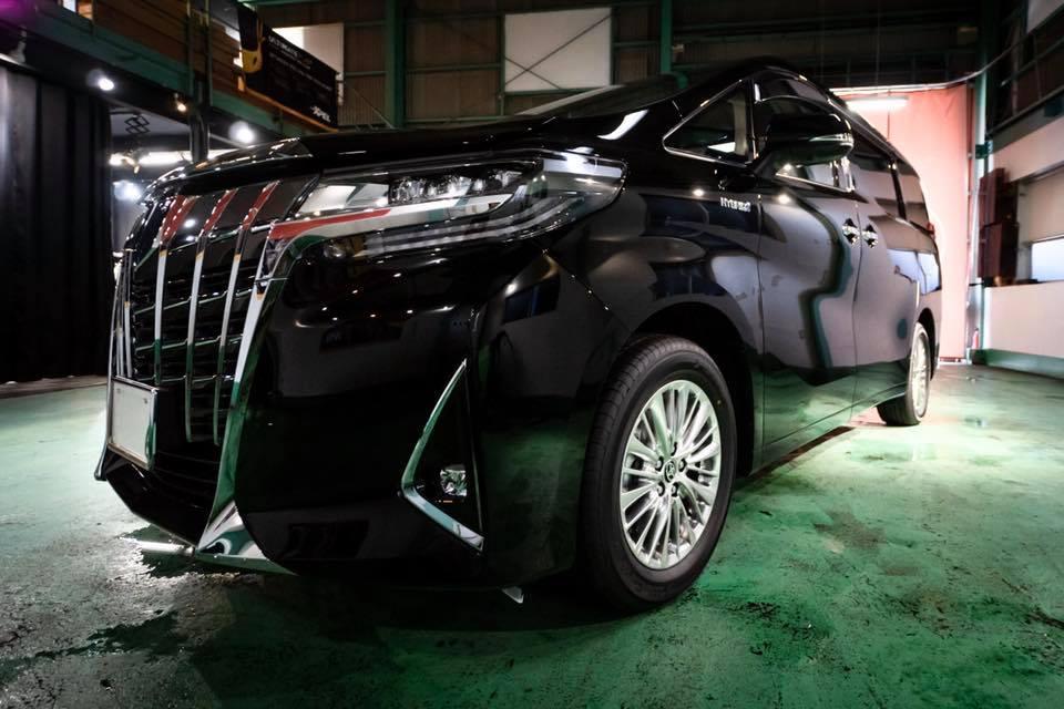 トヨタアルファード新車にしゃかりきブランドのDiavoloガラスコーティングを施工