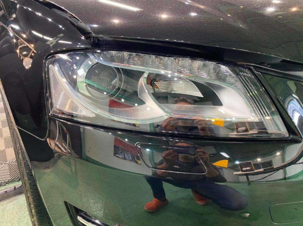 2009y Audi A3 ヘッドランプ