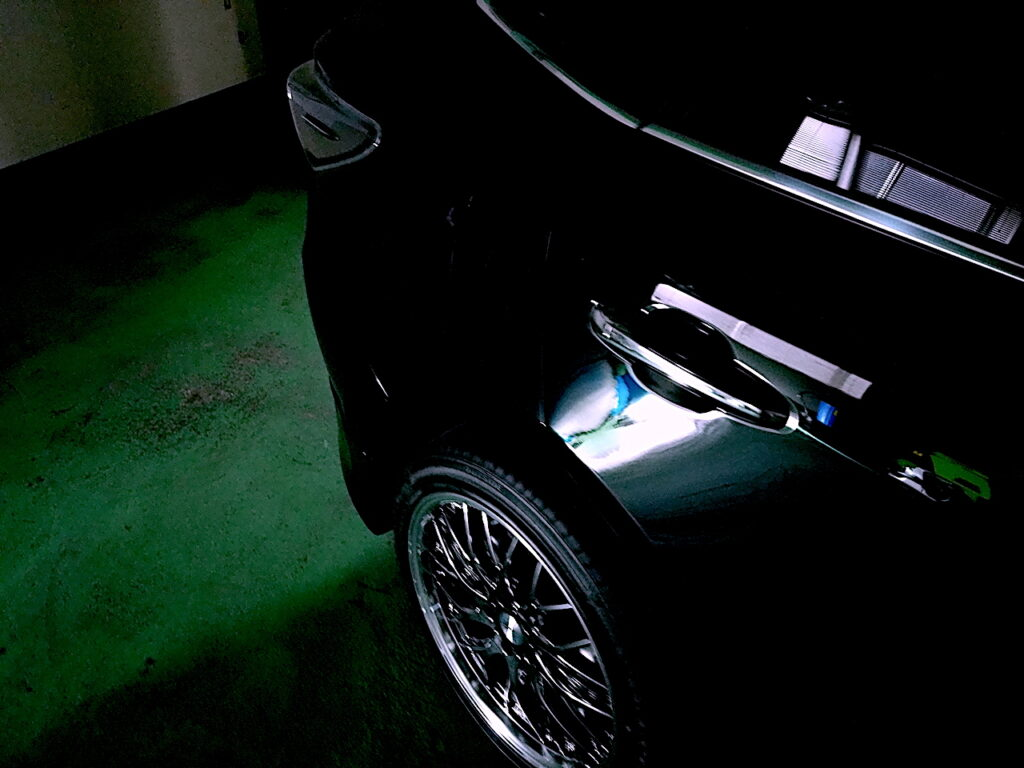 トヨタハリアー202ブラック